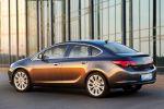 Opel Astra Limousine Stufenheck SIDI Ecotec FlexRide AFL Heck Seite Ansicht