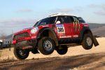 X-raid Mini Countryman All4 Racing Front Seite Ansicht Sprung Dakar Argentinien Chile Crossover Allrad Guerlain Chicherit Michel Perin